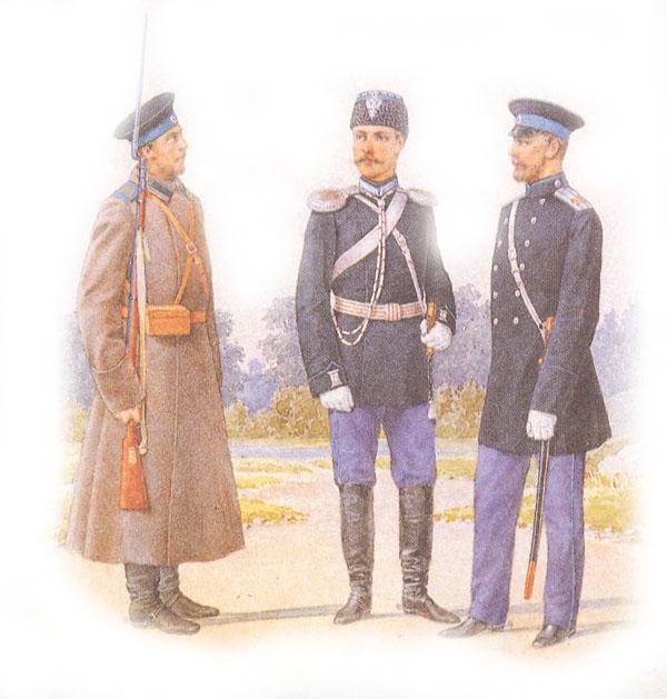 Форма одежды армейских драгун (рядового в шинели, обер-офицера в парадной для строя форме, штаб-офицера в сюртуке)