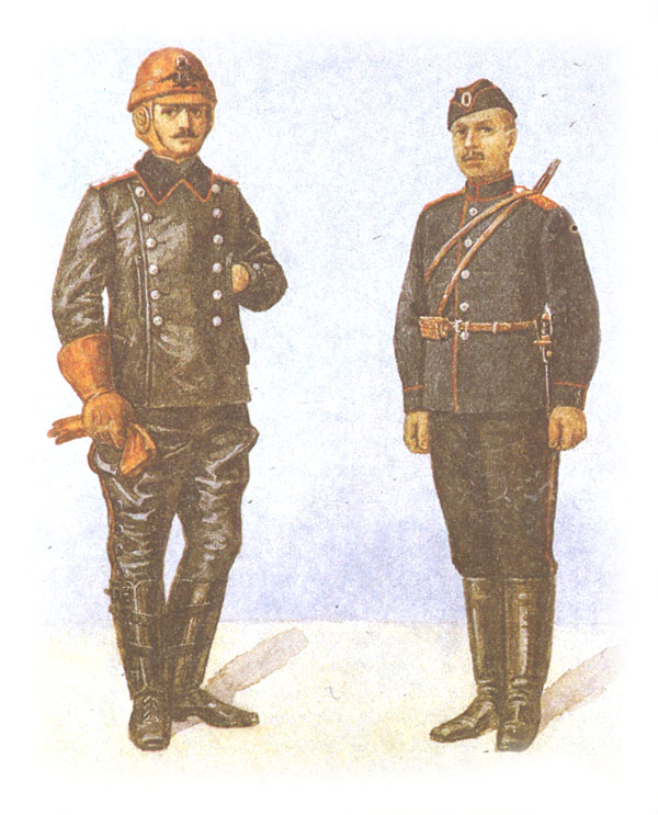 Офицер-летчик в спецодежде и рядовой авиационных частей в обыкновенной форме